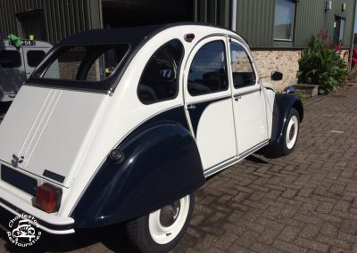 2cv_dolly_witblauw_01
